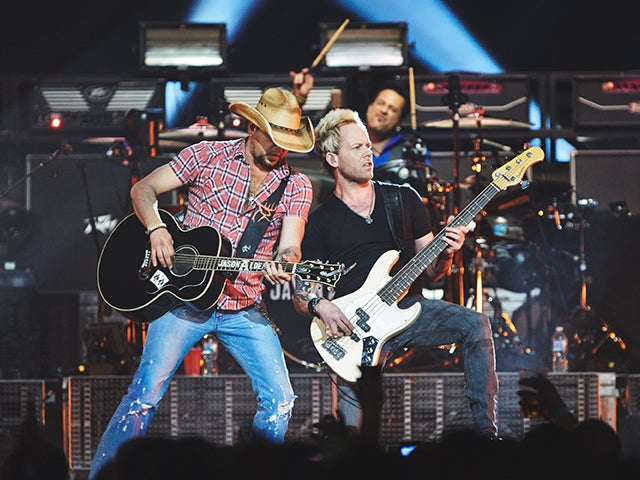 2014_XEC_JasonAldean-Photo9-CreditJoeLemke_640x480.jpg