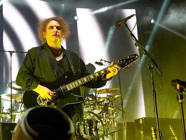 2016_XEC_TheCure_PhotoGallery_09_640x480_main.jpg
