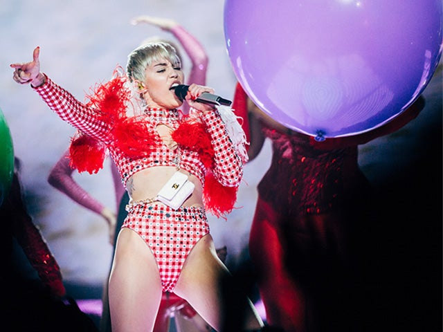 XEC_2014_MileyCyrus_Photo7_ByJoeLemke_640x480_Main.jpg